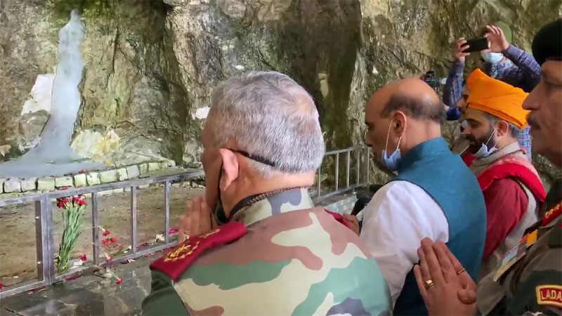 Defence Minister Rajnath Singh, Chief of Defence Staff General Bipin Rawat, and Army Chief General MM Naravane offered prayers at Amarnath Temple